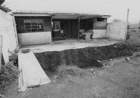 """Los Vecinos de San Bartolomé Milpas Altas, Sacatepéquez, bautizaron el lugar como """"la casa del terror"""". (Foto Prensa Libre: Érick Ávila)"""