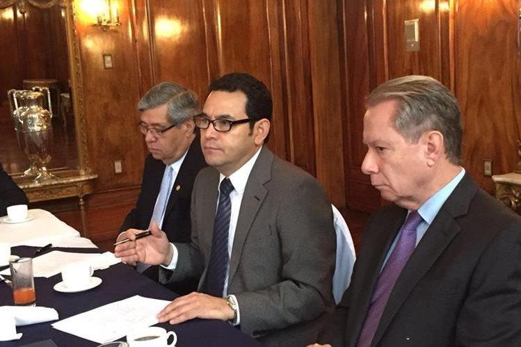 Integrantes del Cacif se reunieron con el Ejecutivo para tratar varios temas. (Foto Prensa Libre: cortesía)