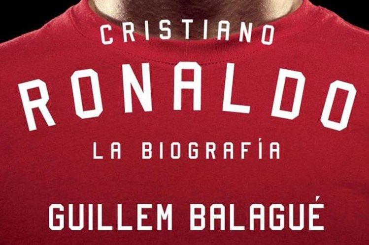 Diferentes etapas en la vida del astro portugués Cristiano Ronaldo, retratado en el libro de Balagué. (Foto Prensa Libre: Tomada de Internet)