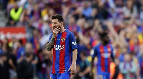Leo Messi muestra su decepción luego de la anotación del Éibar.