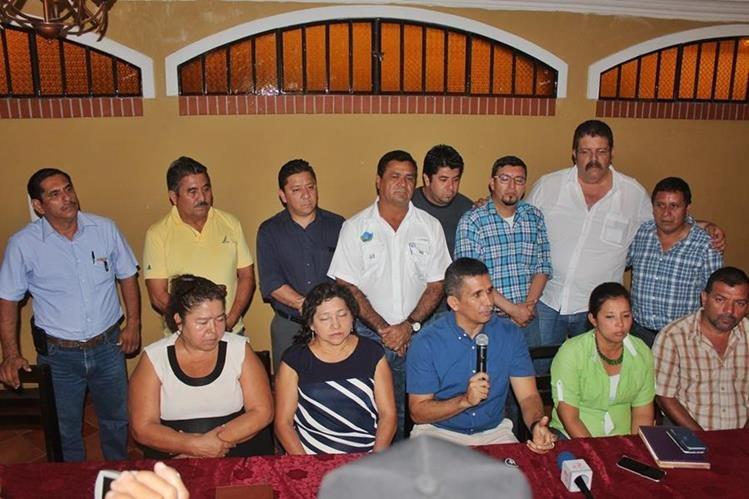 Los jefes ediles de varias localidades del suroccidente se reunieron en Coatepeque. (Foto Prensa Libre: Alexánder Coyoy)