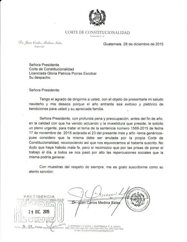 Carta dirigida a la presidenta de la CC Gloria Porras, desde el despacho del magistrado Medina Salas, el 28 de diciembre. (Foto Prensa Libre)