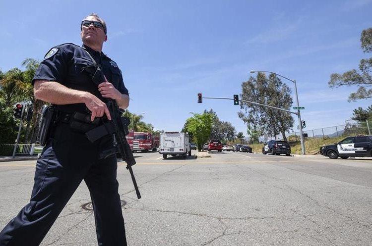 La balacera puso en alerta a las fuerzas policiales (Foto Prensa Libre: AP)