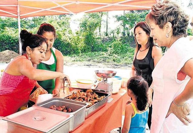 Los productos porcinos como el chicharrón, son vitales en la economía popular del municipio. (Foto: Hemeroteca PL)