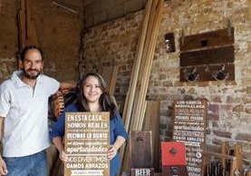 La familia Diaz Aguilar utiliza su creatividad para diseñar, decorar y construir productos únicos y de calidad. Sus planes son inaugurar su primera sala de ventas de la zona 1.