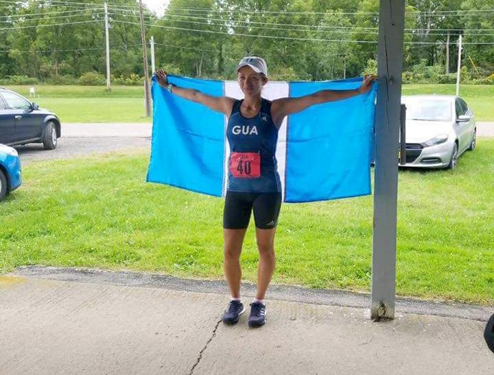 La marchista Mayra Herrera conquistó la ciudad de Nueva York y puso record para América en los 50 kilometros. (Foto Prensa Libre: Mayra Herrera)