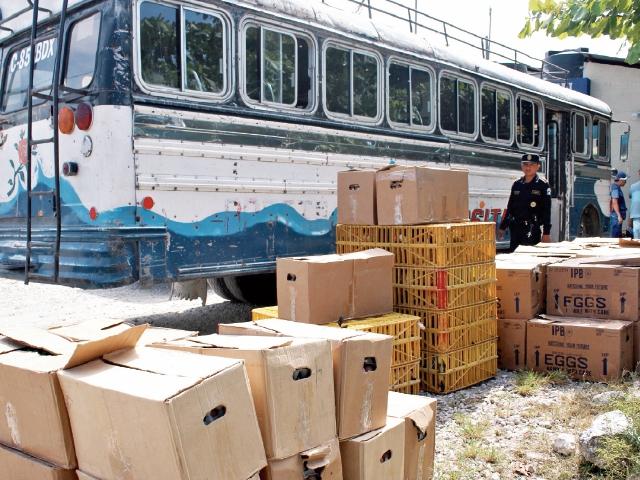 El ingreso de bienes de contrabando es una práctica que podría aumentar. (Foto Prensa Libre: Hemeroteca PL)