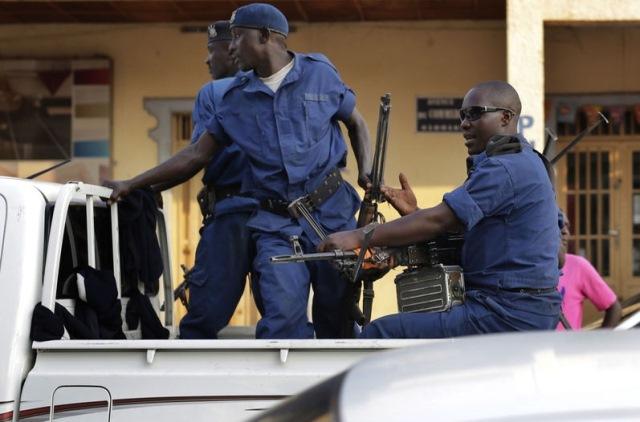 Disturbios en Burundi a pocas horas de elecciones. (Foto Prensa Libre: AFP)