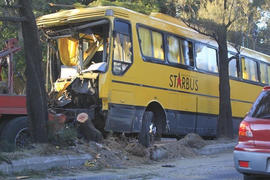Accidente en el kilómetro 27 d ela ruta al Pacífico. (Foto Prensa Libre: Carlos Hernández)
