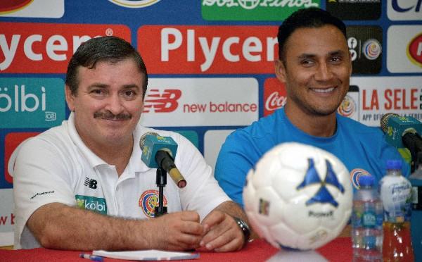 Keylor Navas habló en conferencia del amor a la Selección de Costa Rica. (Foto Prensa Libre: AFP)