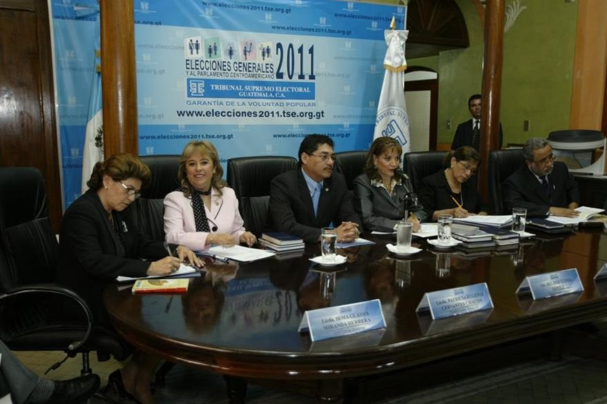 Magistrados que tuvieron a su cargo la organización de las Elecciones de 2011. (Foto: Hemeroteca PL)