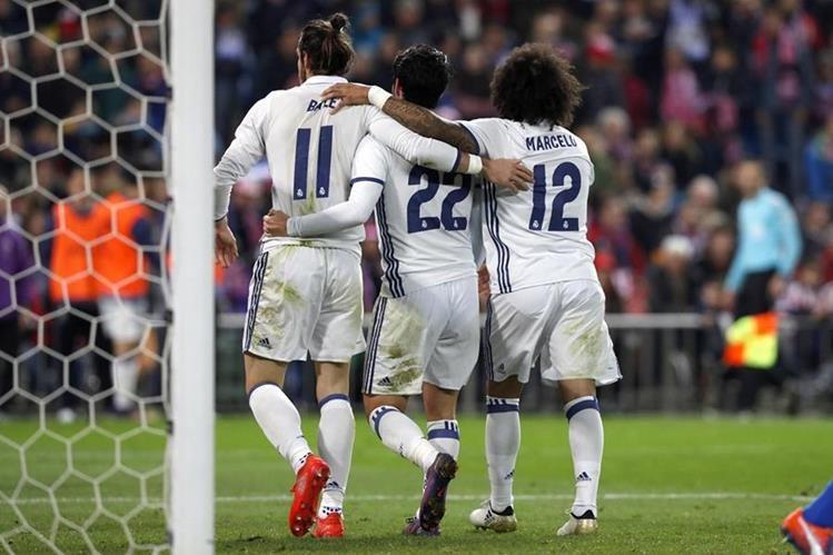 El Real Madrid recibe al Sporting previo a enfrentar al Barcelona en el Clásico. (Foto Prensa Libre: EFE)