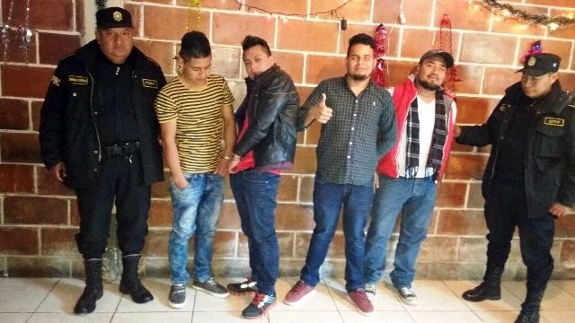 Los detenidos quedaron recluidos en el Centro Preventivo para Varones de Huehuetenango. (Foto Prensa Libre: Mike Castillo)