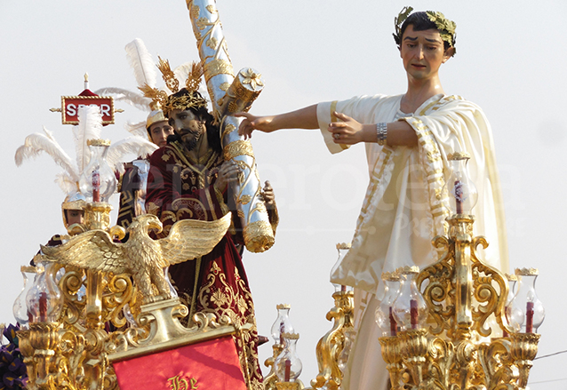 Jesús es presentado al pueblo luego de ser sentenciado por Pilatos, alegoría de Jesús del Beaterio de Belén en 2014. (Foto: Néstor Galicia)