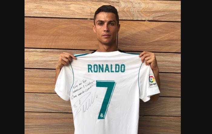 Cristiano Ronaldo se solidarizó con la familia de Santiago y todas las que perdieron a sus seres queridos en el terremoto en México. (Foto Prensa Libre: Twitter Cristiano)