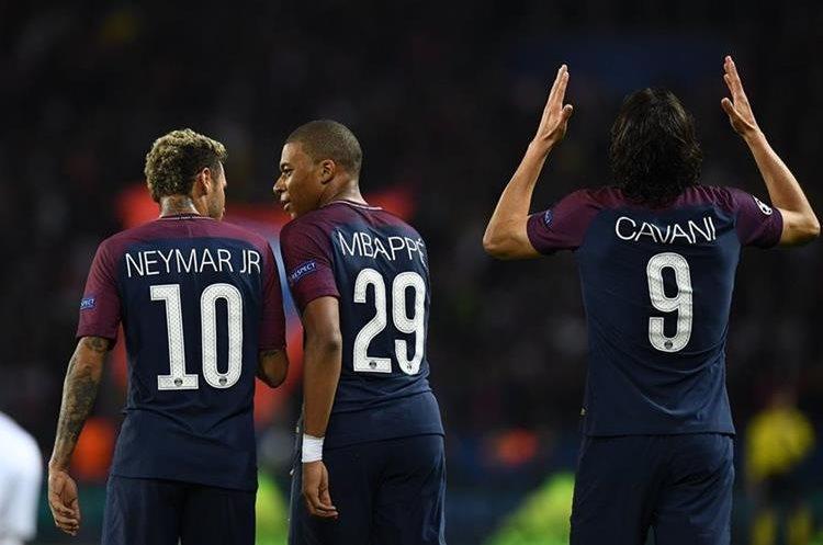 El tridente del PSG, Edinson Cavani, Neymar y Kylian Mbappe se volvió a fusionar en el Parque de los Príncipes.