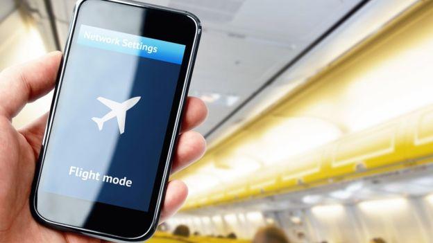 El modo avión permite cargar el teléfono más rápido. (THINKSTOCK)