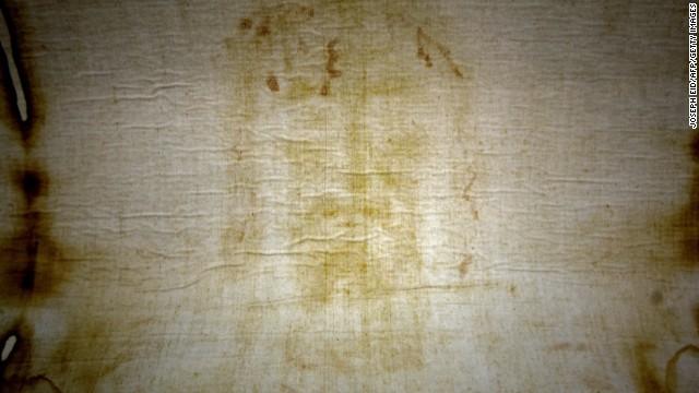 El sudario auténtico a partir del cual se han hecho representaciones del rostro de Jesús se encuentra en Turín, Italia. (Foto Prensa Libre: Internet).