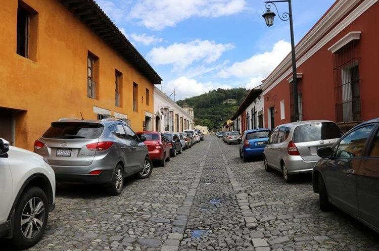 Antigua Guatemala es el primer destino turístico de nacionales y extranjeros. (Foto Prensa Libre: Julio Sicán)