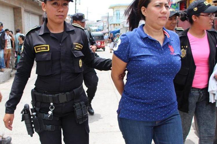 Servia Benavent Guzmán Cuellar, espósa de Édgar Francisco Morales Guerra, alias <em>Chico Dólar</em>, enfrentará a la justicia por lavado de dinero. (Foto Prensa Libre: Hemeroteca)