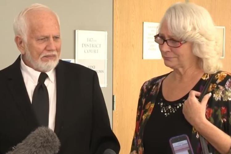 Dan y Fran Keller fueron acusados de manera equívoca de torturar niños en actos satánicos. (Foto Prensa Libre: KVUE)