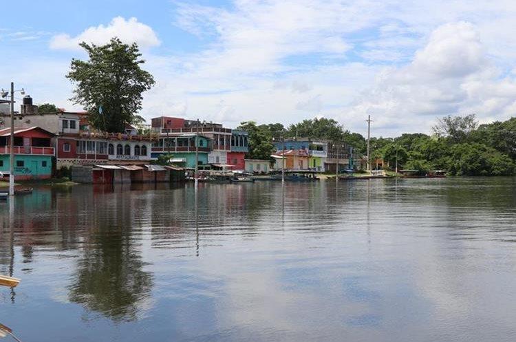 Sayaxché, Petén, también está en alerta por posibles crecidas de ríos. (Foto Prensa Libre: Rigoberto Escobar)