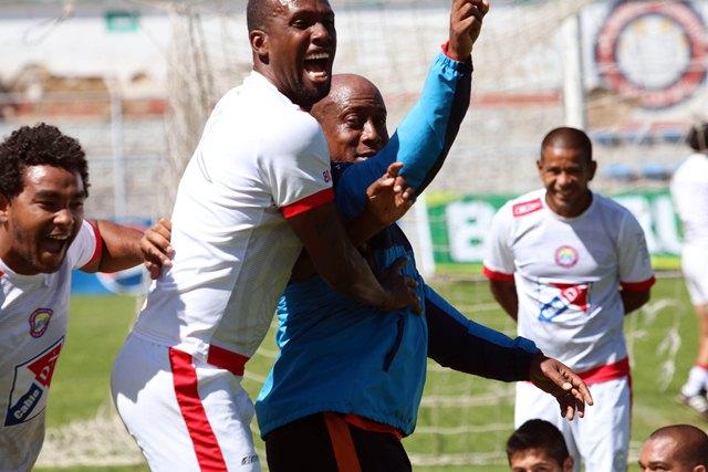 El equipo refleja tranquilidad y mucha alegría. (Foto Prensa Libre: Carlos Ventura)