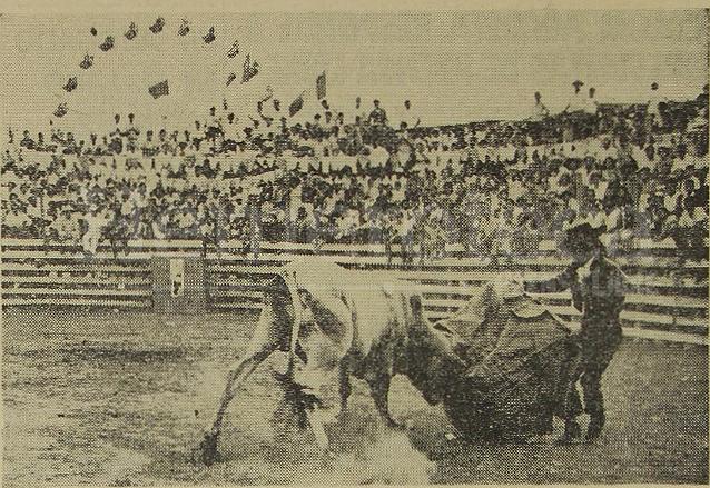 Las corridas de toros eran muy tradicionales durante las primeras décadas en el Carnaval. Foto de 1970. (Foto: Hemeroteca PL)