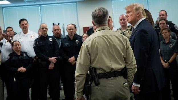 Este miércoles, Donald Trump conversó con los investigadores que llevan adelante el caso de la masacre de Las Vegas. GETTY IMAGES