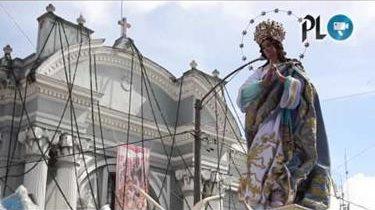 María sale en procesión