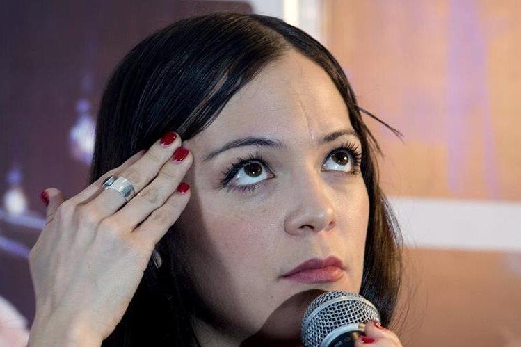 La cantante mexicana Natalia Lafourcade promociona su álbum Hasta la raíz. (Foto Prensa Libre: AFP)