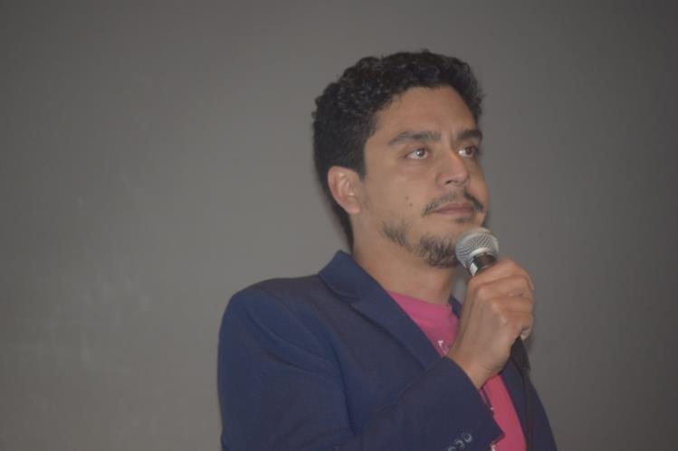 Jayro Bustamante indicó que la cinta guatemalteca opta al Globo de Oro en la categoría de mejor película extranjera. (Foto Prensa Libre: Maynor Ventura)