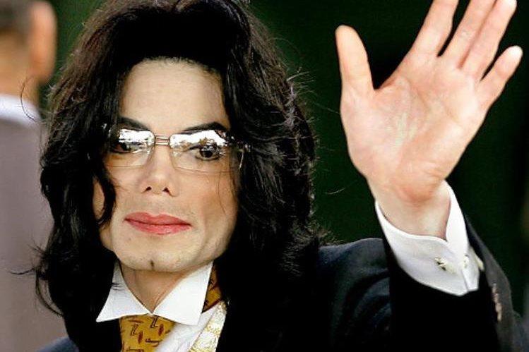 Dan a conocer cartas que podrían revelar los supuestos acercamientos inapropiados que Michael Jackson tenía con menores.