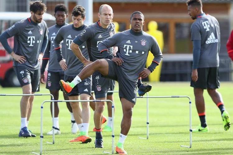 El Bayern Munich, líder de la Bundesliga, recibe este sábado a las 8:30 horas al Hamburgo. (Foto Prensa Libre: Bayern Munich)