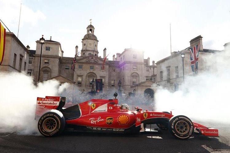 La afición en Londres observó este miércoles a la mayoría de pilotos participantes en el Mundial de 2017. (Foto F1).
