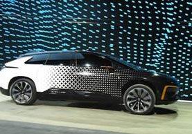 Prototipo del crossover FF 91, de Faraday Future, presentado en el CES 2017. (Foto Prensa Libre: AFP).