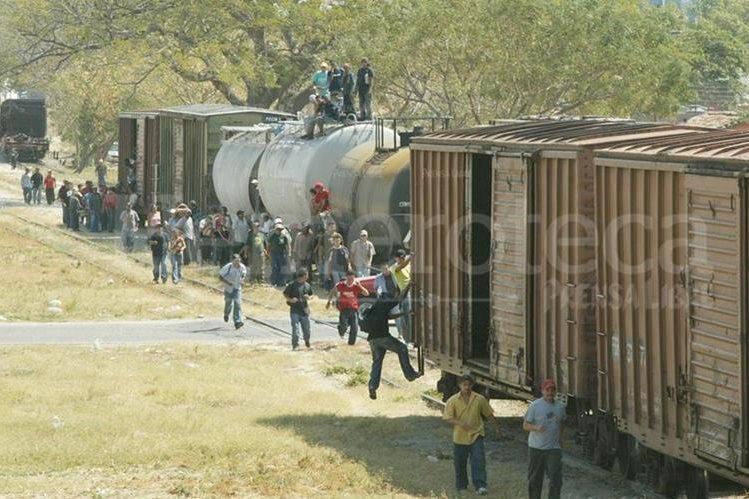 Desde 1990 más de siete mil indocumentados han muerto cruzando la frontera entre Estados Unidos y México. (Foto Prensa Libre: Hemeroteca PL)