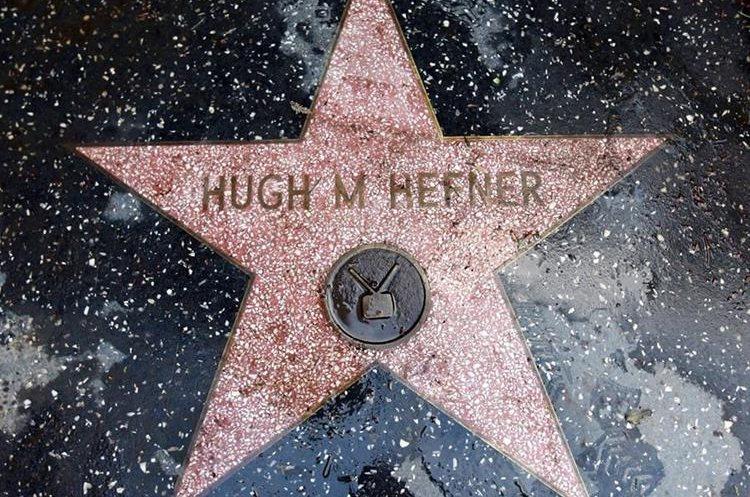 El fundador de PlayBoy tiene una estrella en el Paseo de la Fama, Hollywood, EE. UU.