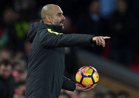 El actual técnico del Mánchester City, Pep Guardiola, ya analiza su retiro. (Foto Prensa Libre: AFP).