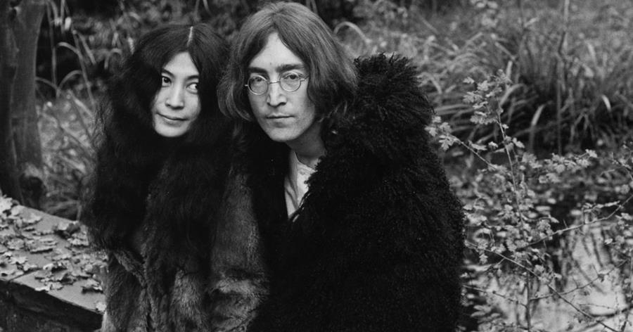 "John Lennon compuso en conjunto con Yoko Ono la icónica canción ""Imagine""."