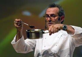 El chef Massimo Bottura es el encargado del restaurante. (Foto Prensa Libre: AFP)