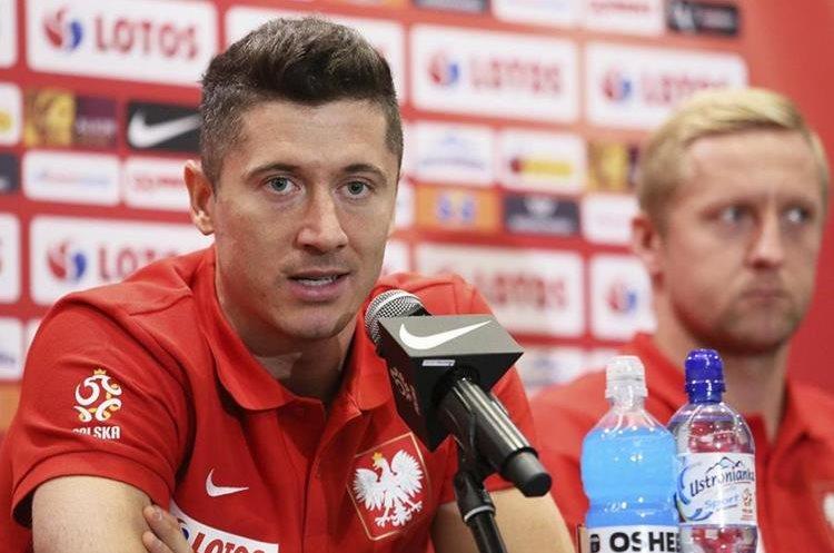 El delantero de la selección polaca Robert Lewandowski es de las cartas goleadoras. (Foto Prensa Libre: EFE)