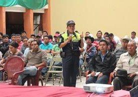 PMT Imparte charla a conductores,  en Sololá.
