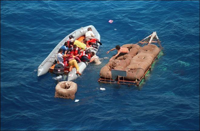 Los balseros que llegaban a tierra podían permanecer en Estados Unidos. (AFP)