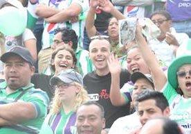 Los aficionados de Antigua GFC disfrutaron el pase a la final.