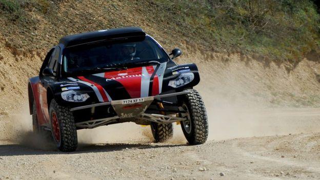El aventurero francés se estuvo preparando durante todo el año para correr en el Dakar. (Getty)