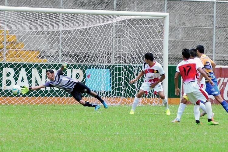 Venados y Serpientes se preparan previo al arranque del torneo Apertura de la Liga Primera, y Liga Nacional. (Foto Prensa Libre: Alexander Coyoy)