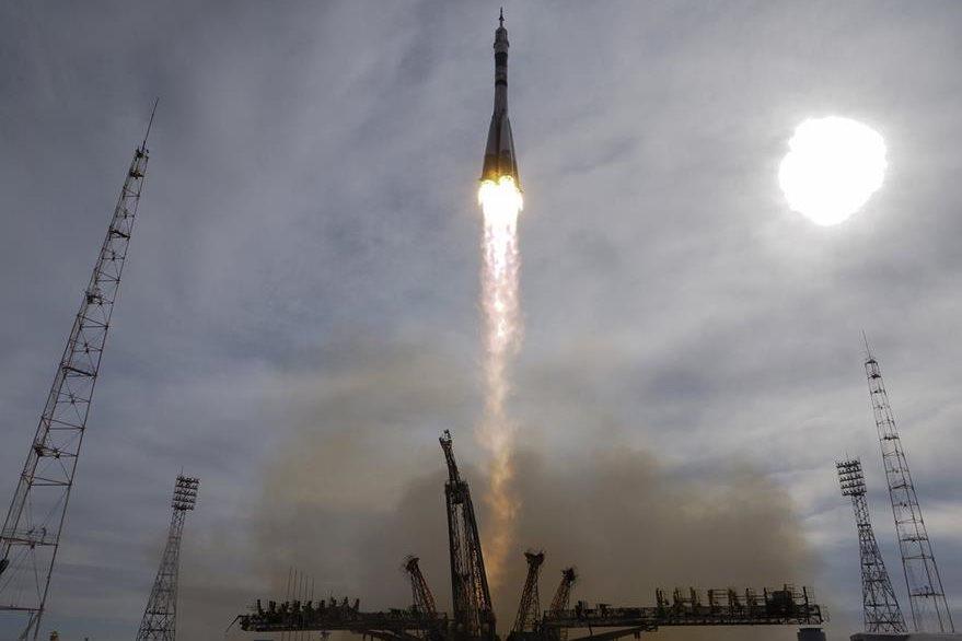 El cohete despegó del cosmódromo de Baikonur, un centro de lanzamiento ruso en Kazajstán. (Foto Prensa Libre: AP).