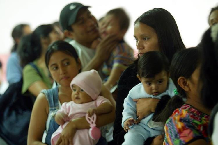 Los niños menores de un año, son los más suceptibles a la tos ferina. (Foto Prensa Libre: Hemeroteca PL).