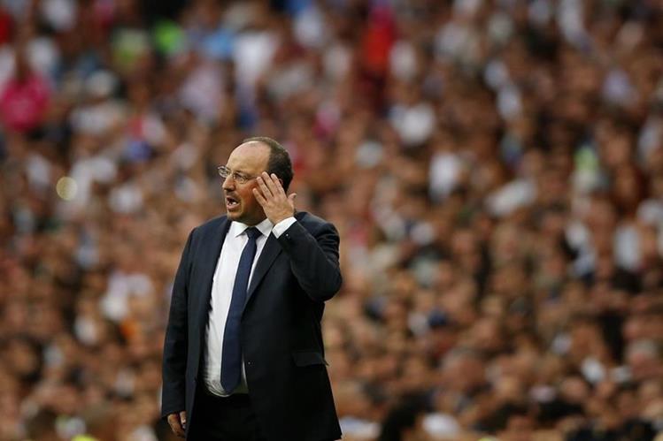 Rafa Benítez se pronunció al finalizar el partido frente al Málaga. (Foto Prensa Libre: AP)